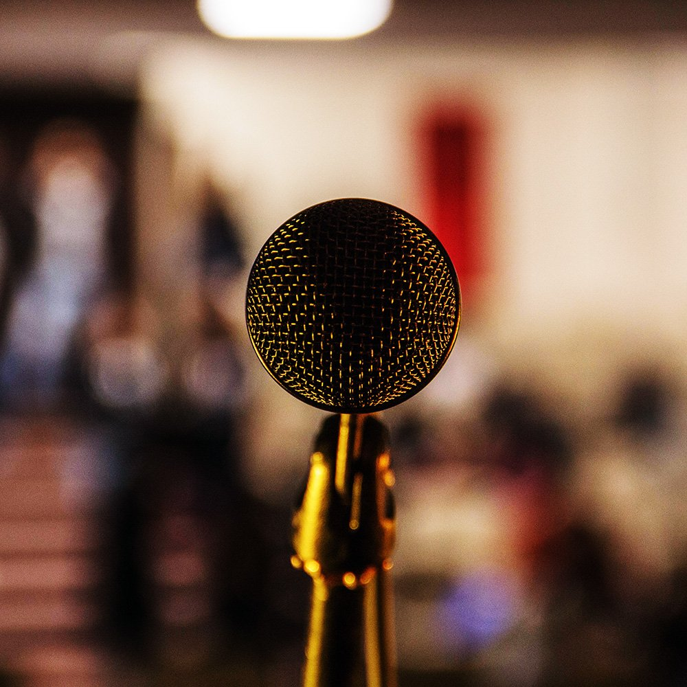 Microphone - Stage Fright - Photo by Ilyass SEDDOUG on Unsplash